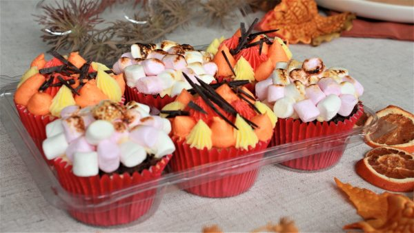 autumn bonfire cupcakes in packet of six with leaves