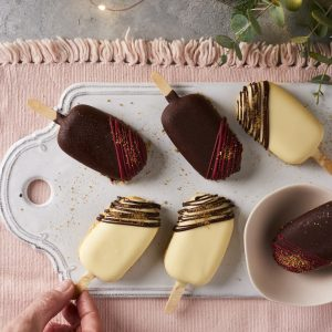magnums with white chocolate, dark chocolate and hand